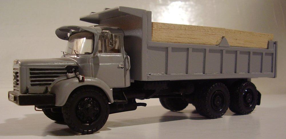 collection camions d 39 autrefois altaya page 135 presse mod lisme et mod les r duits. Black Bedroom Furniture Sets. Home Design Ideas